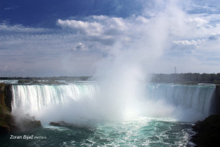 Niagara Falls, Canadian Side, Ontario-Canada/New York-USA
