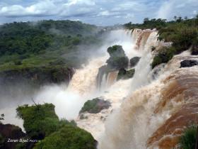 Iguazu Falls, Argentina/Parana-Brazil
